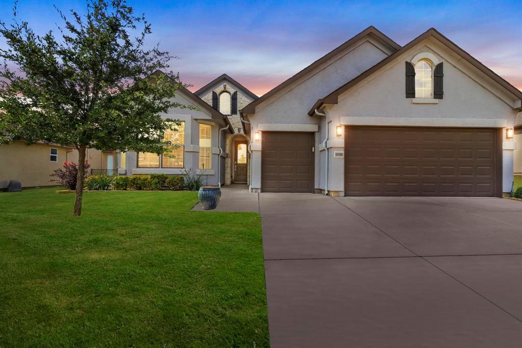 Pending | 10100 Sandhurst Drive Denton, Texas 76207 1