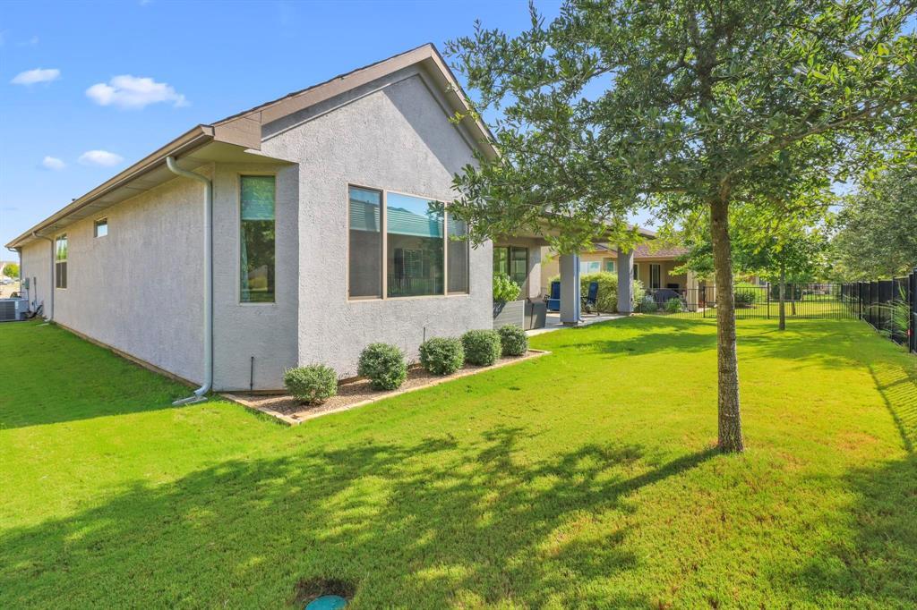 Pending | 10100 Sandhurst Drive Denton, Texas 76207 28