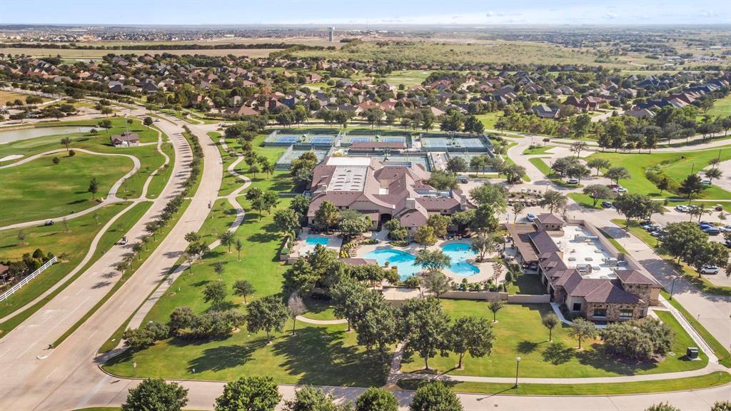 Pending | 10100 Sandhurst Drive Denton, Texas 76207 37
