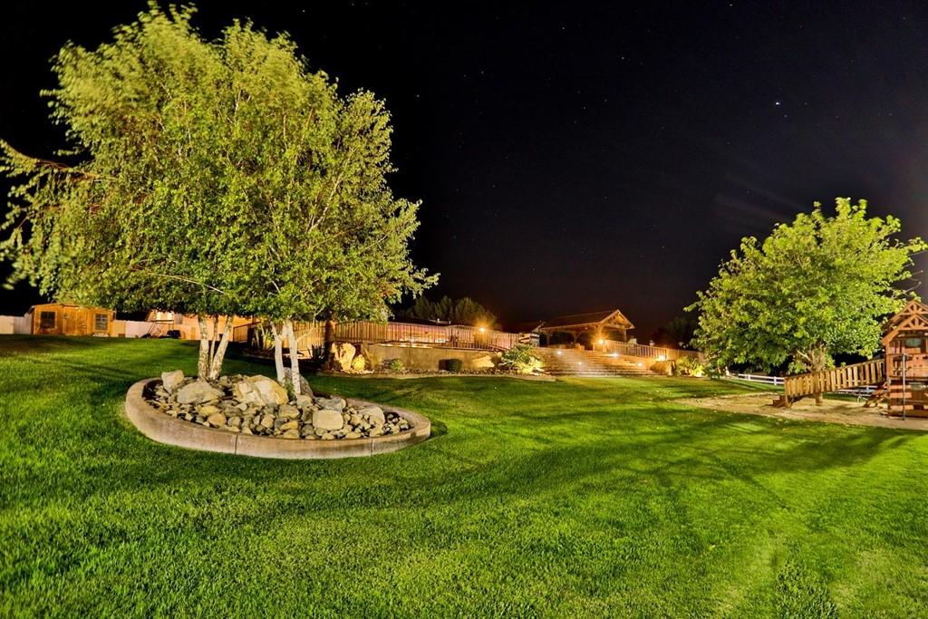 Active   15296 Riverside Drive Apple Valley, CA 92307 11