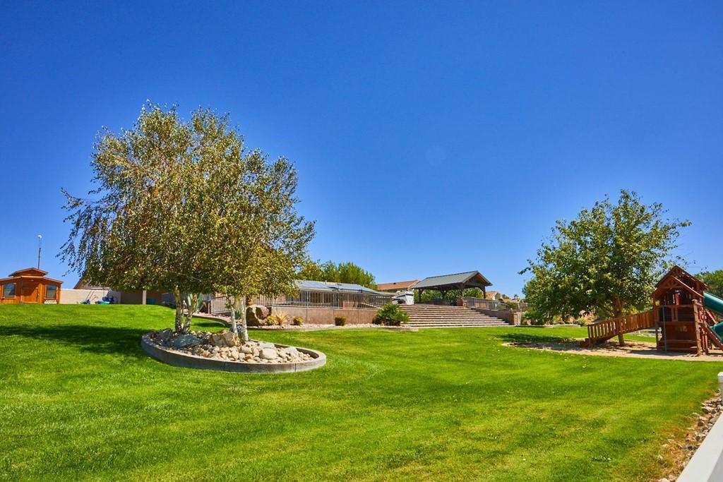Active   15296 Riverside Drive Apple Valley, CA 92307 31