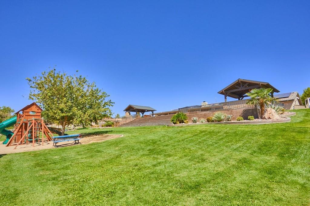 Active   15296 Riverside Drive Apple Valley, CA 92307 29