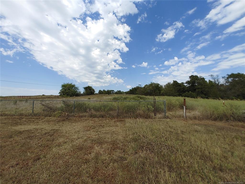 Off Market   15966 N Clear Creek Road Hulbert, Oklahoma 74441 33