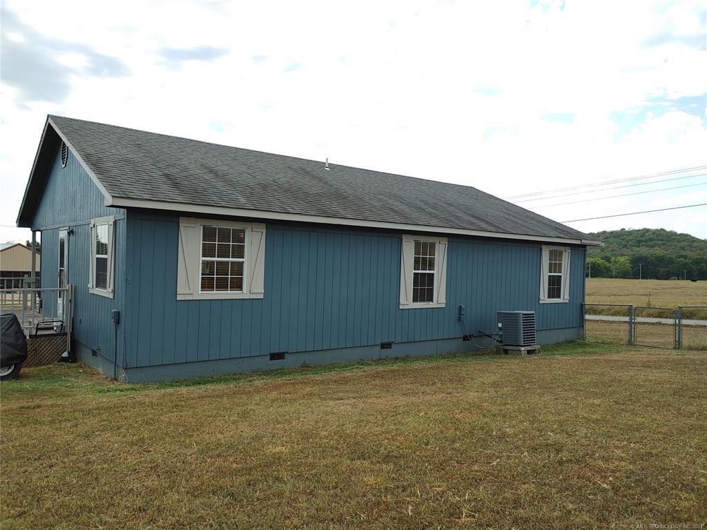 Off Market   15966 N Clear Creek Road Hulbert, Oklahoma 74441 35