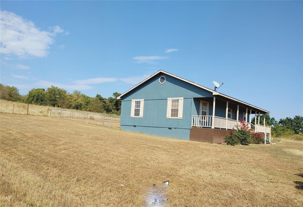 Off Market   15966 N Clear Creek Road Hulbert, Oklahoma 74441 43