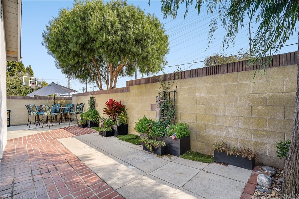 Active | 1535 E Elm Avenue El Segundo, CA 90245 9