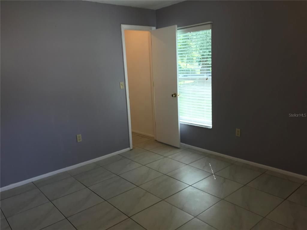 Pending | 4057 PRAIRIE BEND LANE LAKELAND, FL 33812 9
