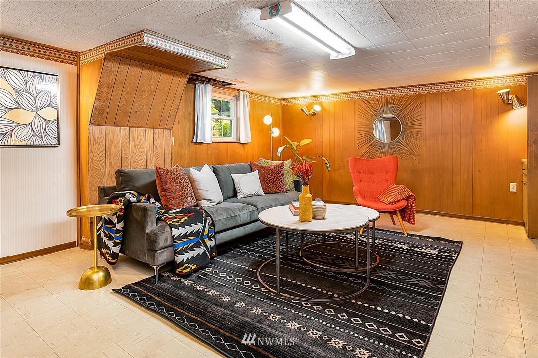 Sold Property | 18555 Fremont Avenue N Shoreline, WA 98133 18