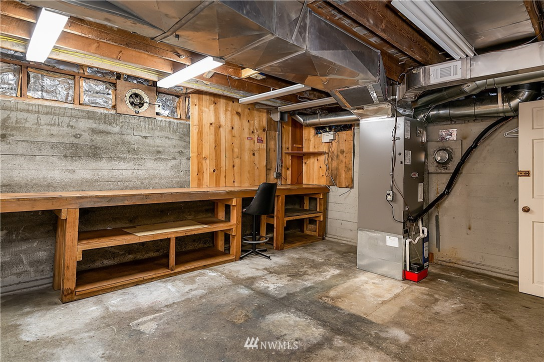 Sold Property | 18555 Fremont Avenue N Shoreline, WA 98133 19