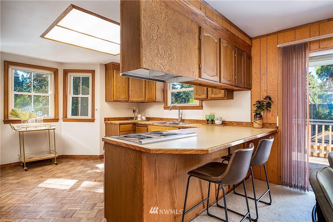 Sold Property | 18555 Fremont Avenue N Shoreline, WA 98133 8