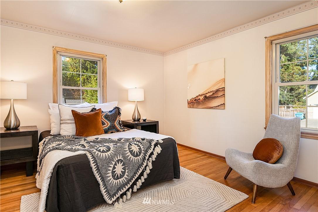 Sold Property | 18555 Fremont Avenue N Shoreline, WA 98133 10