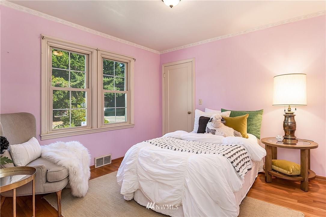 Sold Property | 18555 Fremont Avenue N Shoreline, WA 98133 11