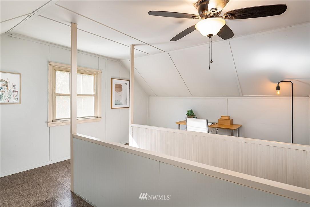 Sold Property | 18555 Fremont Avenue N Shoreline, WA 98133 16