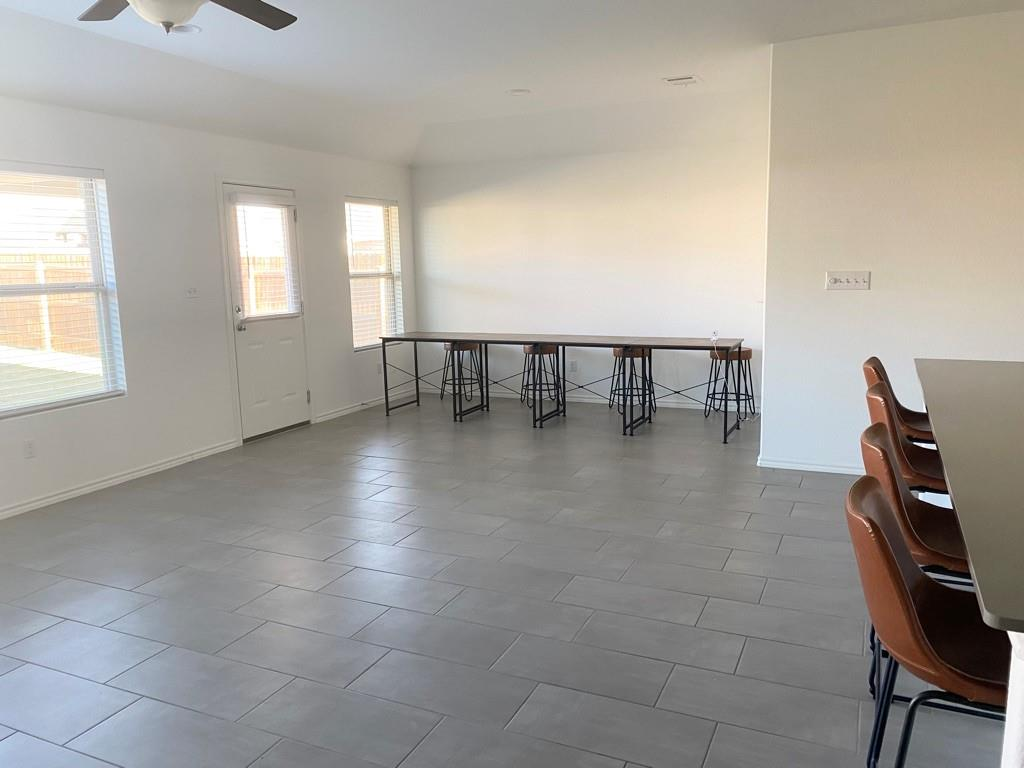 Closed | 801 S San Marcos Street Manor, TX 78653 4
