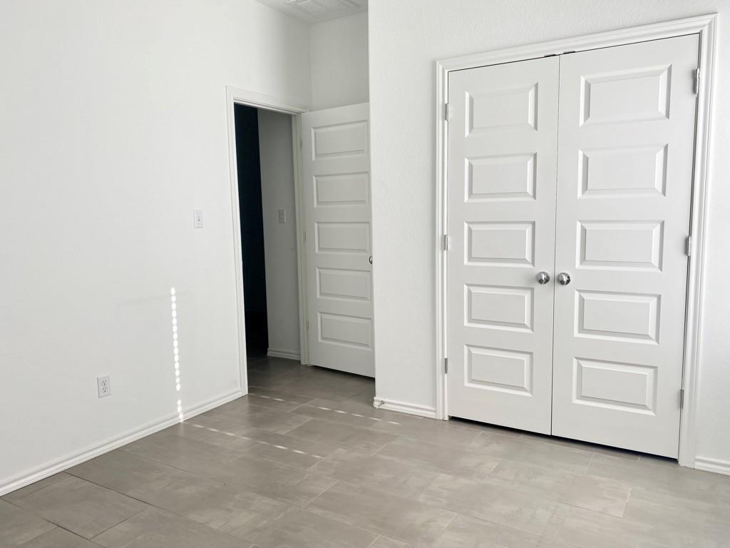 Closed | 801 S San Marcos Street Manor, TX 78653 6