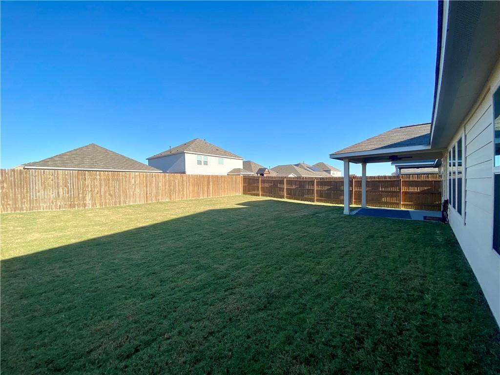 Closed | 801 S San Marcos Street Manor, TX 78653 15