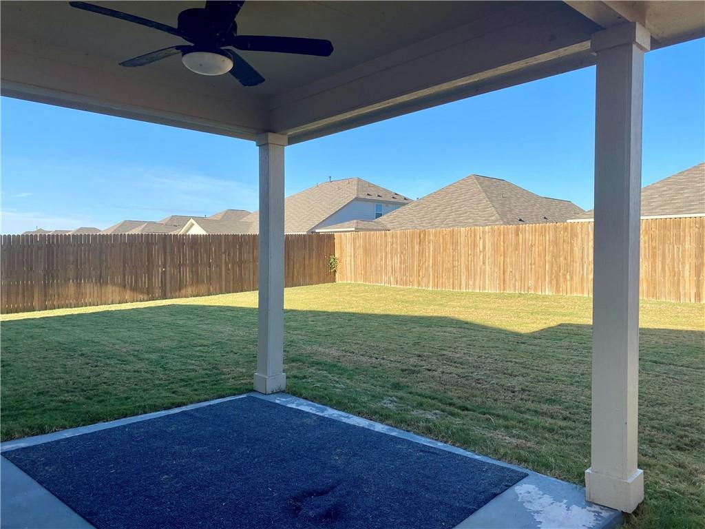 Closed | 801 S San Marcos Street Manor, TX 78653 16