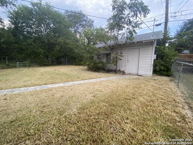 Active/Application Received   415 CRAIGMONT LN San Antonio, TX 78213 19