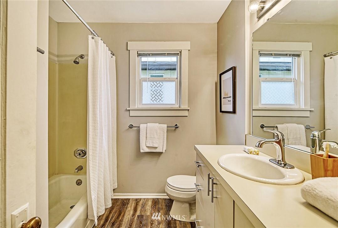 Sold Property | 7540 9th Ave NE Seattle, WA 98115 8