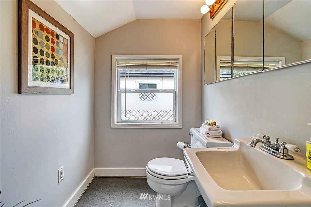 Sold Property | 7540 9th Ave NE Seattle, WA 98115 12