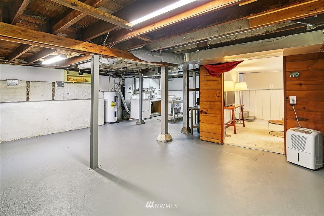 Sold Property | 7540 9th Ave NE Seattle, WA 98115 15