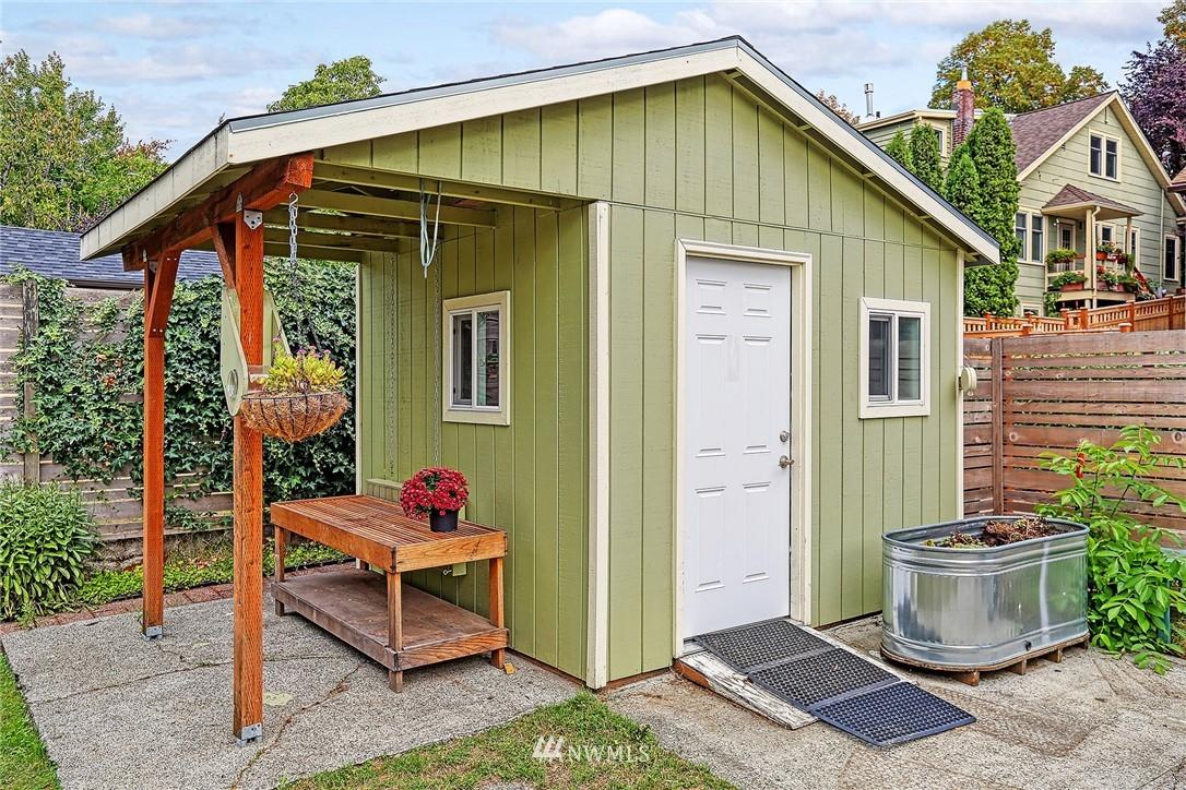 Sold Property | 7540 9th Ave NE Seattle, WA 98115 17