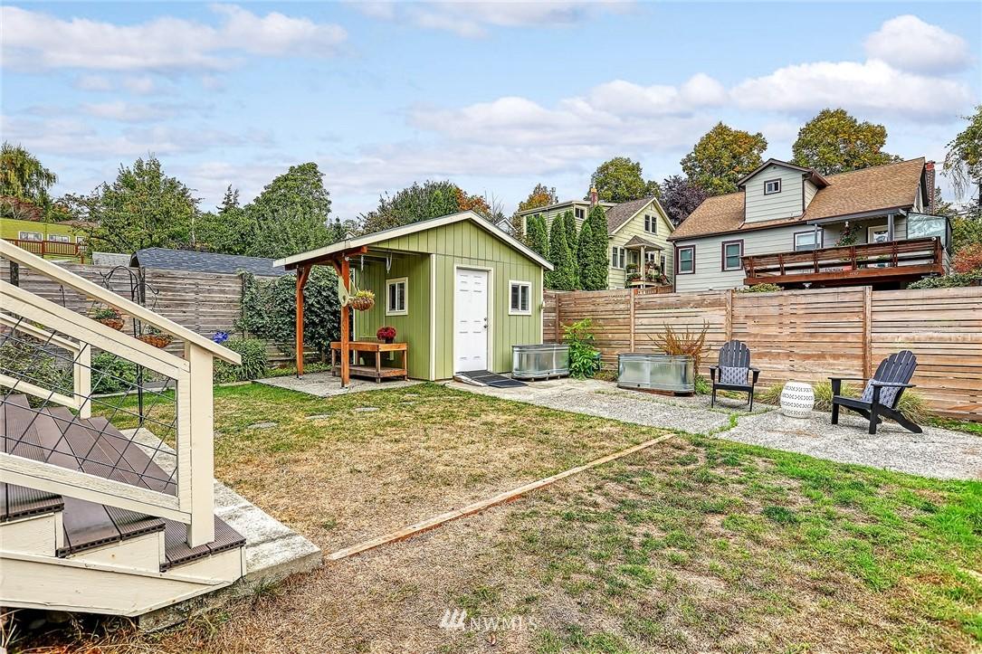 Sold Property | 7540 9th Ave NE Seattle, WA 98115 19