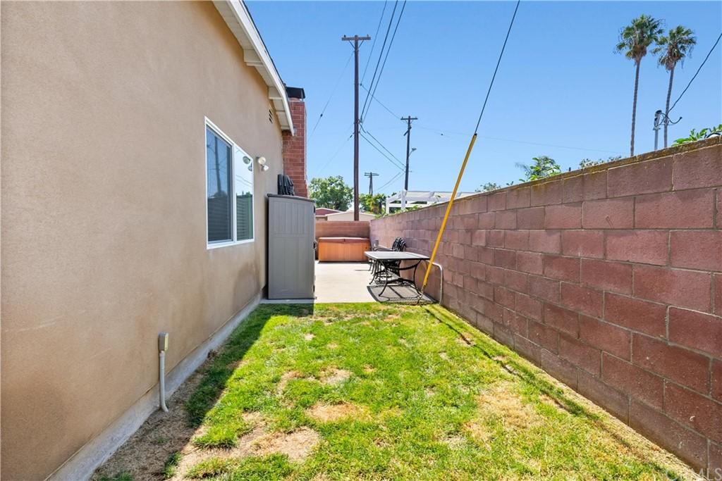 Pending | 23733 Alliene Avenue Torrance, CA 90501 29