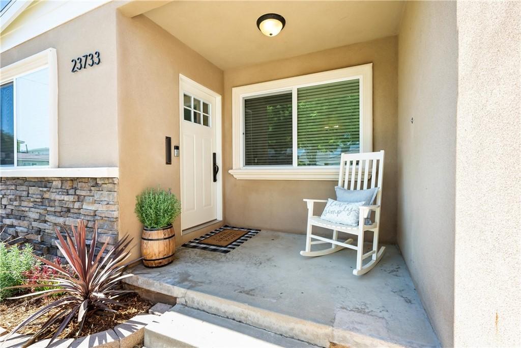 Pending | 23733 Alliene Avenue Torrance, CA 90501 2