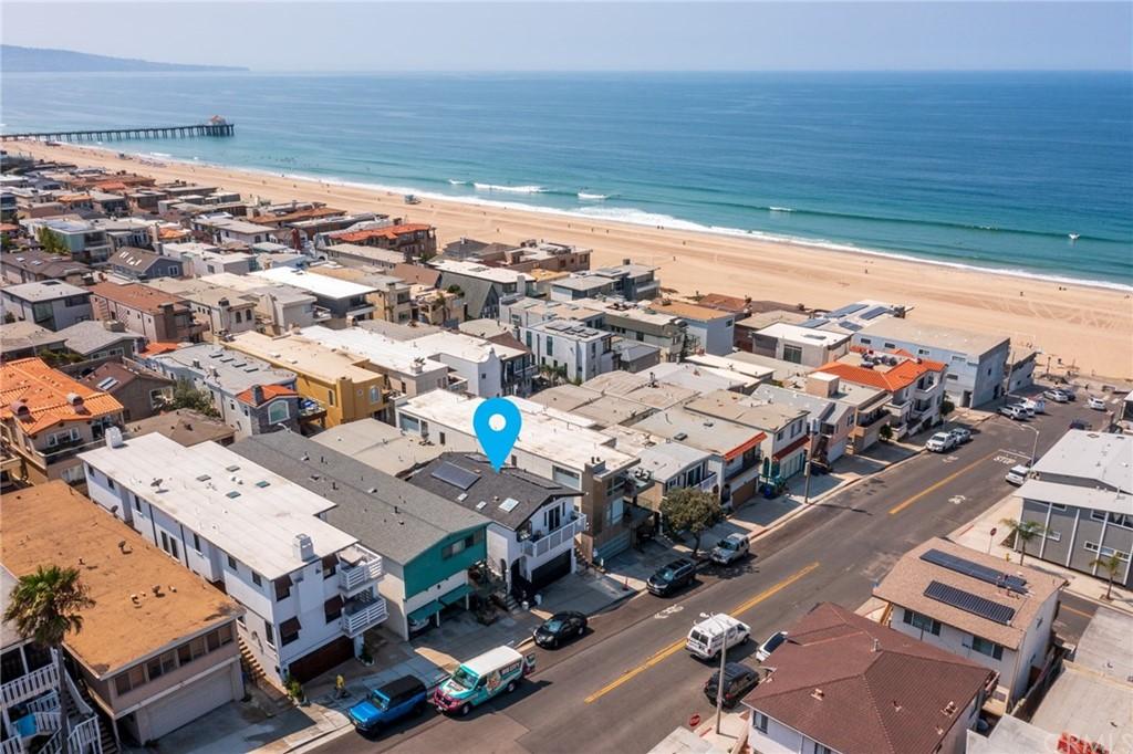 Closed | 208 Marine Avenue Manhattan Beach, CA 90266 2