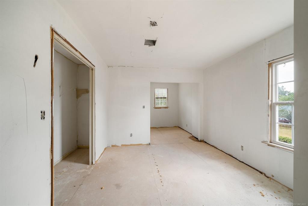 Active | 528 N Foreman Street Vinita, Oklahoma 74301 16