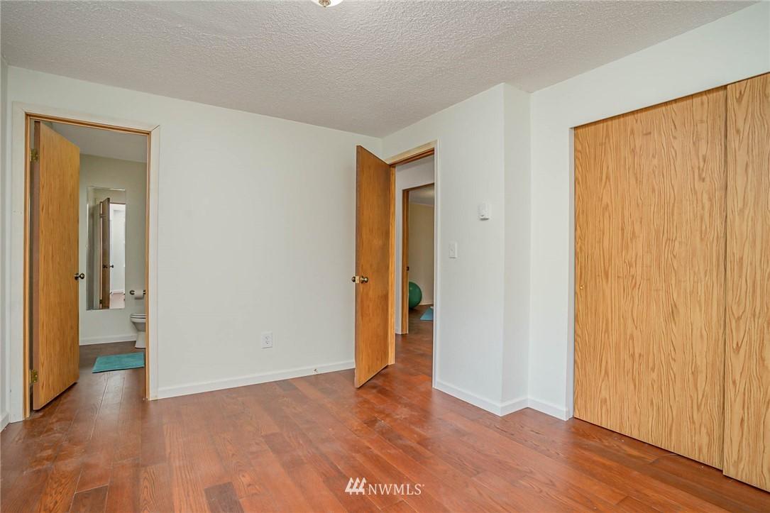Pending | 42625 SE 169th Street North Bend, WA 98045 14