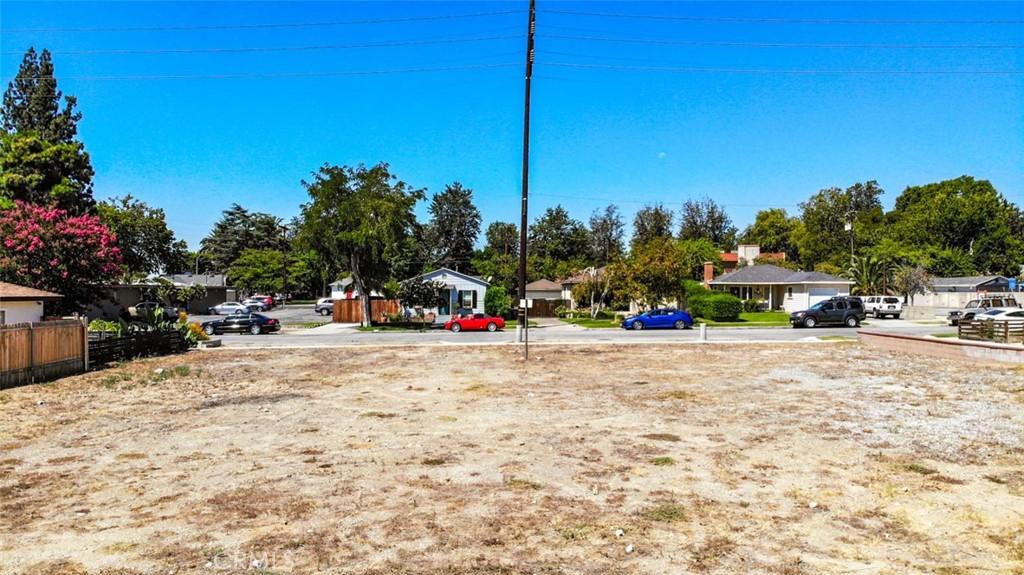 Closed | 370 S 1st Avenue Upland, CA 91786 10