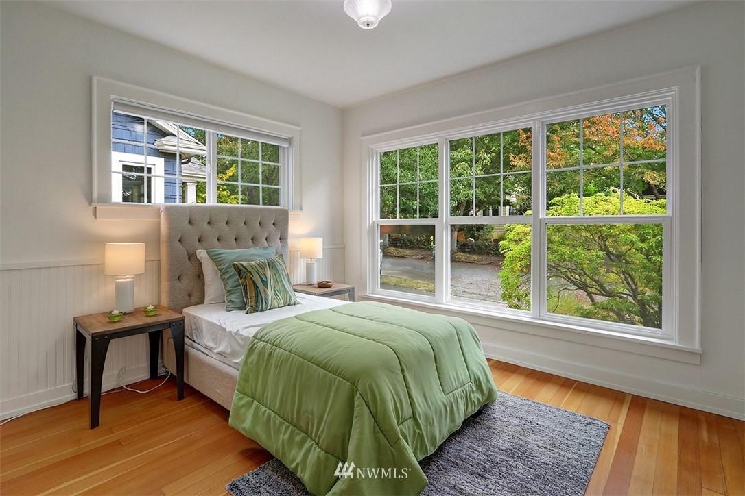 Pending | 7019 Sycamore Avenue NW Seattle, WA 98117 9
