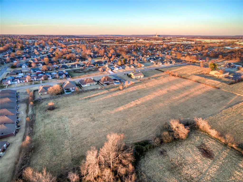 Active | 9803 Gawf Lane Muskogee, Oklahoma 74401 10