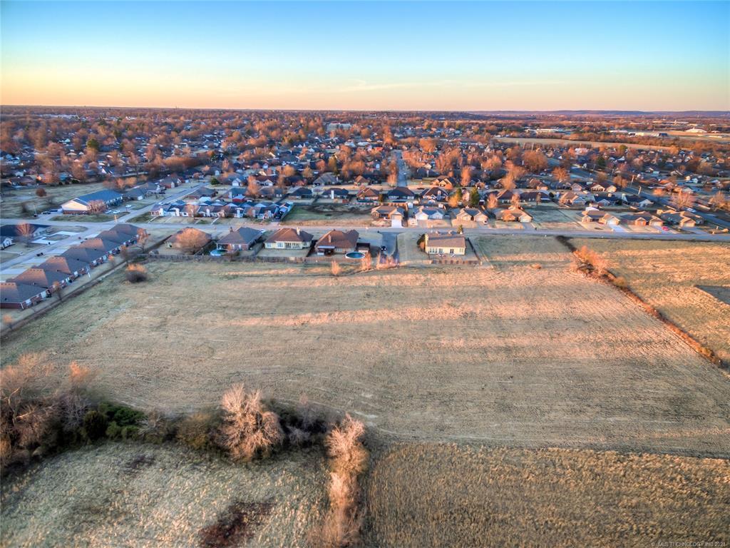 Active | 9803 Gawf Lane Muskogee, Oklahoma 74401 3