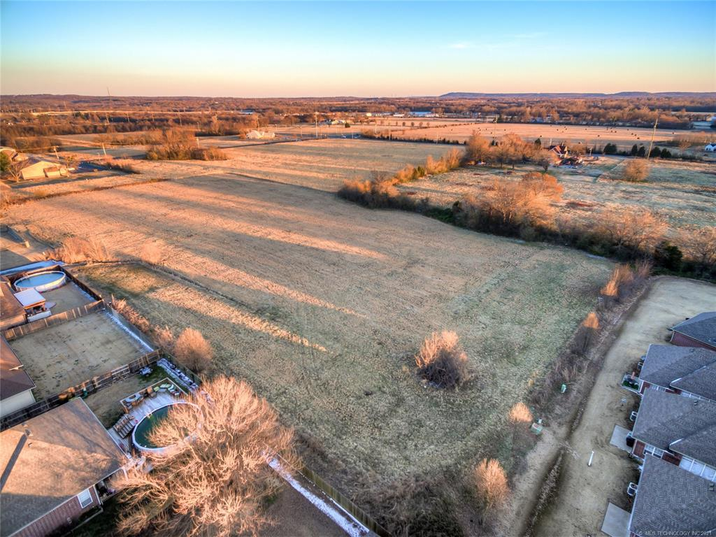 Active | 9803 Gawf Lane Muskogee, Oklahoma 74401 8