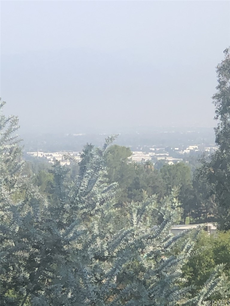 ActiveUnderContract   4232 Foxrun Drive Chino Hills, CA 91709 27