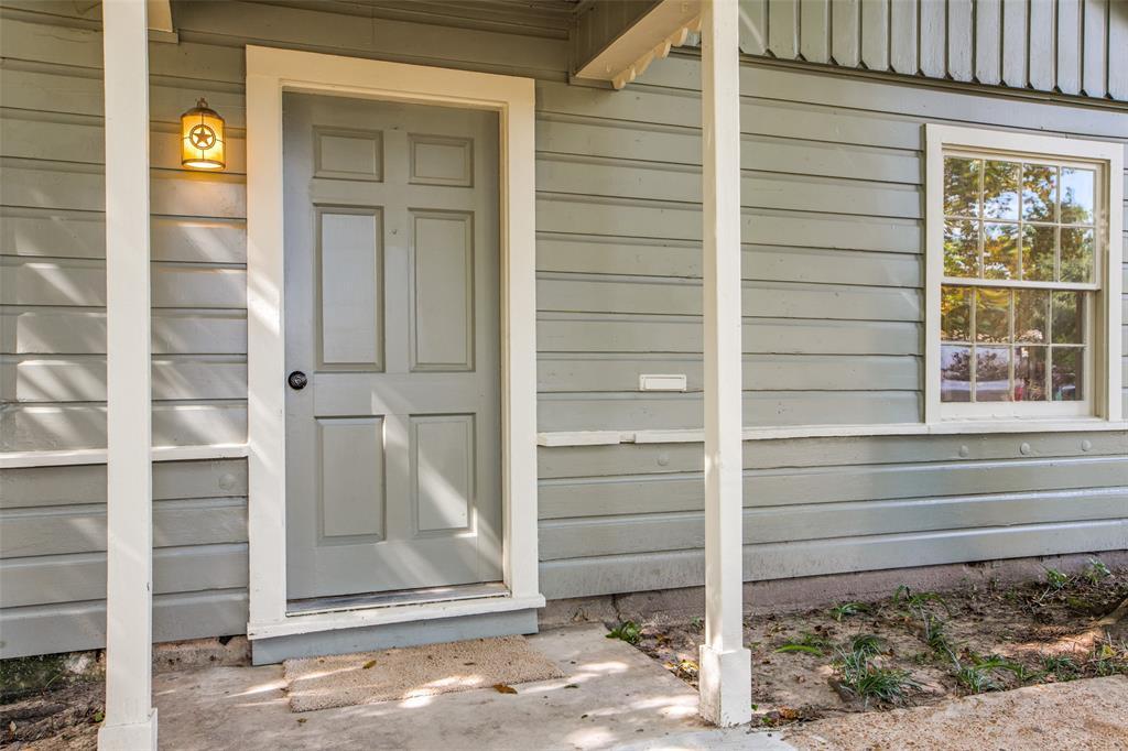 Pending   205 Wellington Street Houston, Texas 77076 4