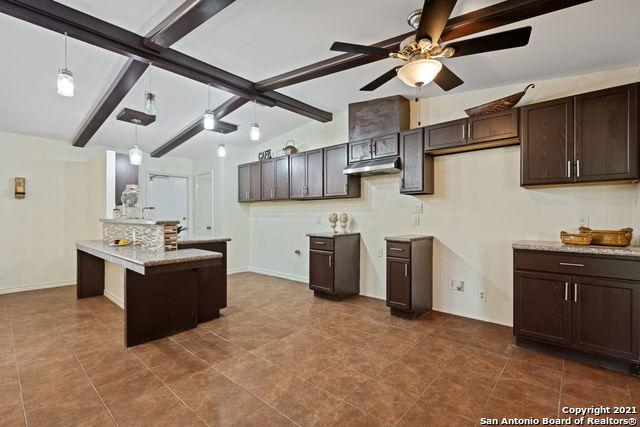 Pending | 8407 DEER HAVEN San Antonio, TX 78230 4