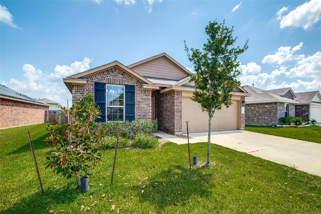 Pending | 2702 Lincolns Meadow Drive Spring, Texas 77373 0