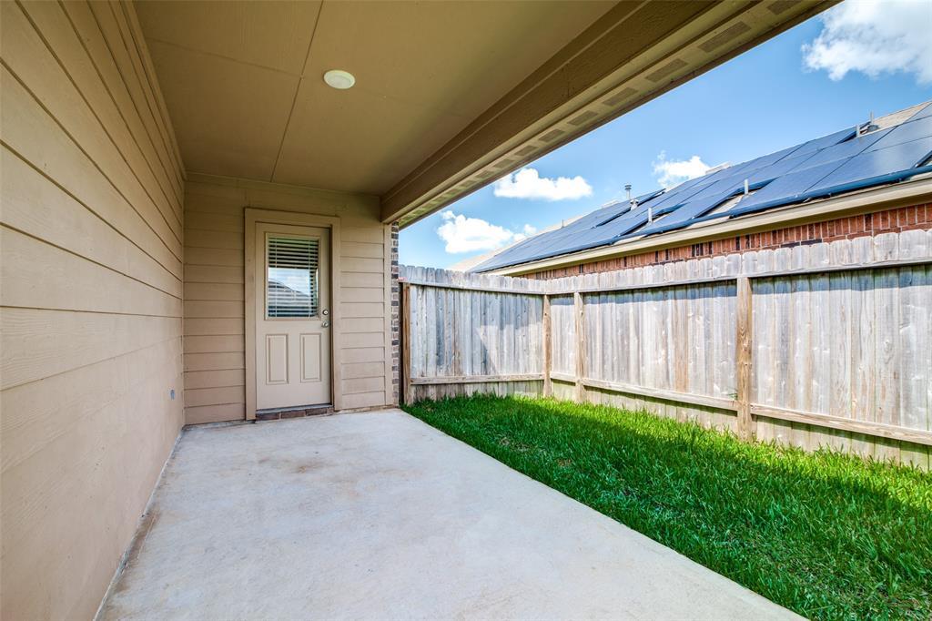 Pending | 2702 Lincolns Meadow Drive Spring, Texas 77373 31