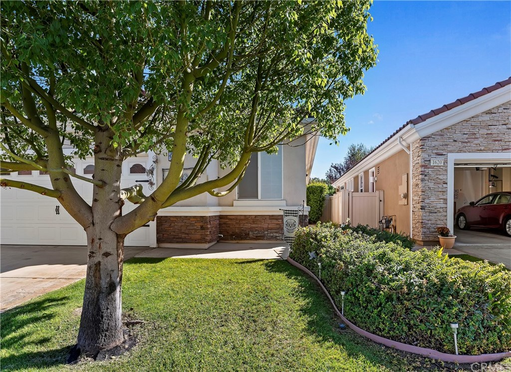 ActiveUnderContract | 1626 Hibiscus Court Beaumont, CA 92223 2
