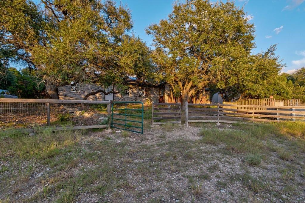 Active | 11402 Antler Bend Road Austin, TX 78737 30