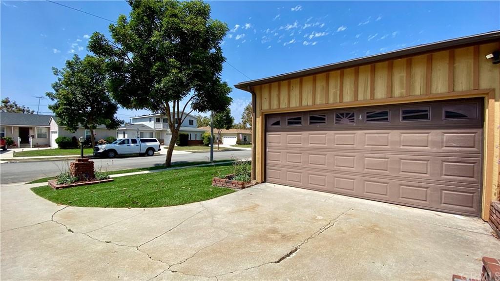 Pending | 18418 Wilton Place Torrance, CA 90504 1
