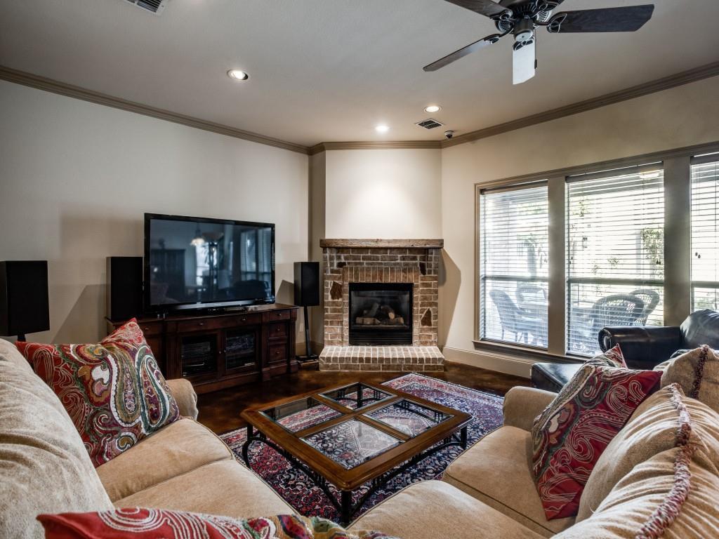 Active Contingent | 5551 Miller Avenue Dallas, Texas 75206 16