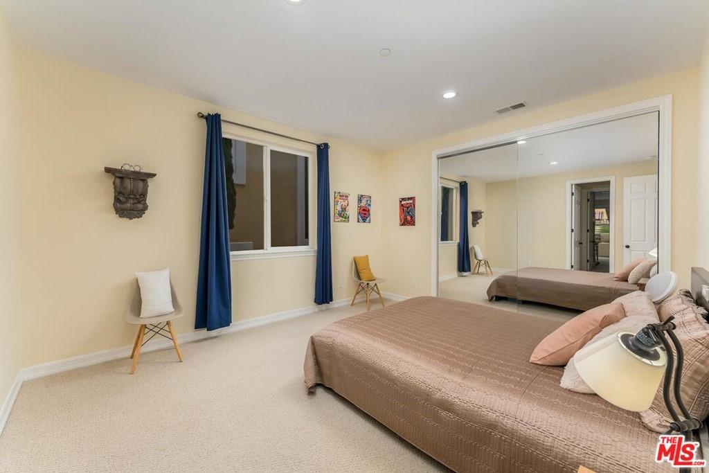 Active | 524 S Francisca Avenue Redondo Beach, CA 90277 24