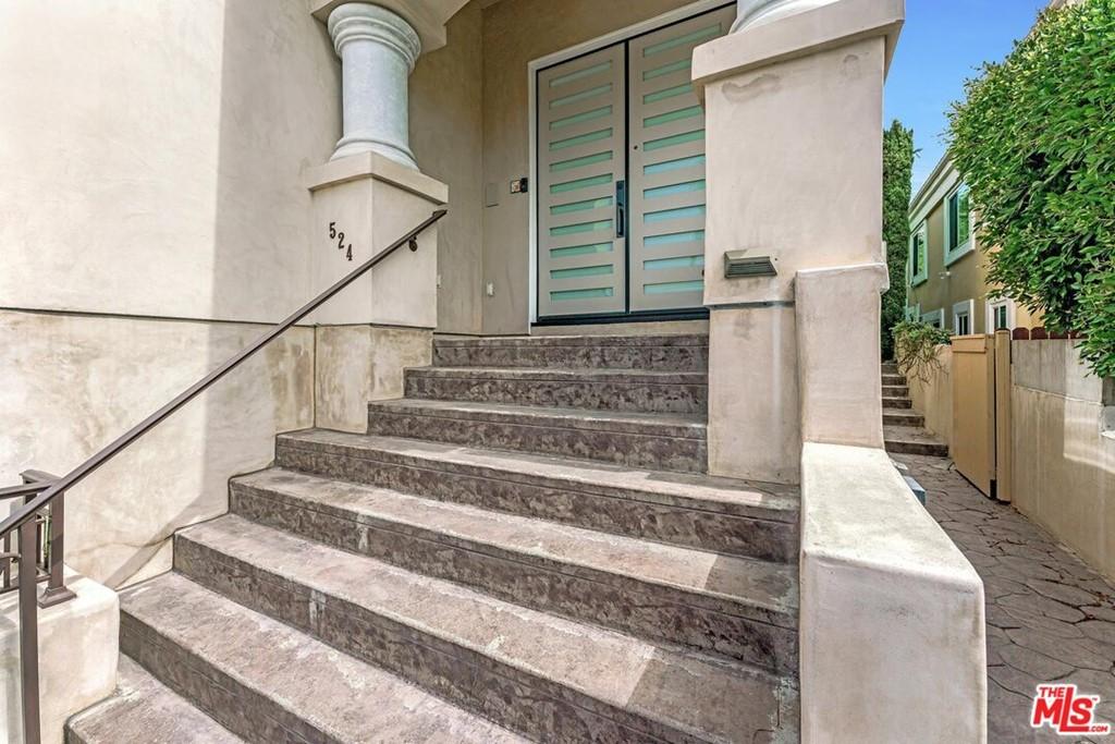 Active | 524 S Francisca Avenue Redondo Beach, CA 90277 1