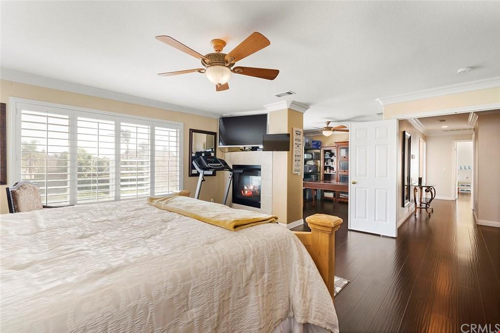 Pending | 12551 Hudson River Drive Eastvale, CA 91752 38