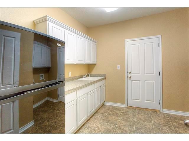 Closed   1102 Riverlawn Drive Round Rock, TX 78681 14